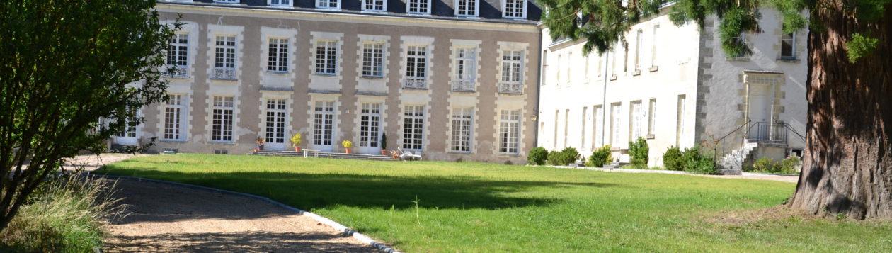Welcome – Bienvenue au Chateau de Saint Ouen les  Vignes – Chambres d hôtes